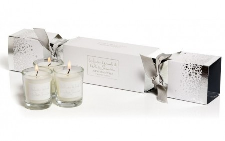 Stoneglow Winter Woods & White Jasmine Cracker Candle Gift Set